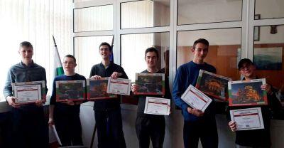 Първенци в областта на национален конкурс за STEM науки в България. 2