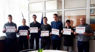 Първенци в областта на национален конкурс за STEM науки в България. 3