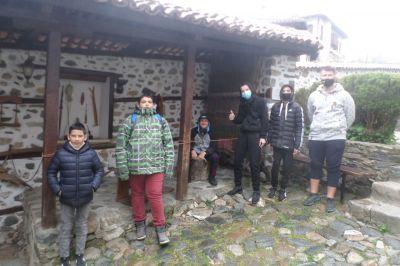 Запазени български традиции в Златоград - ПГТТ Христо Ботев - Смолян